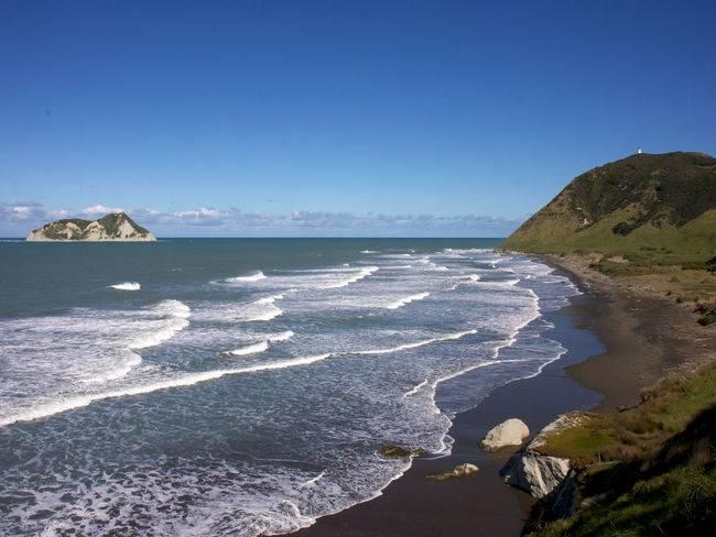 Hicks-Bay-New-Zealand
