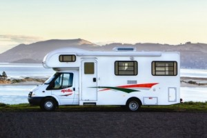 Euro Deluxe 6 Campervan from Apollo