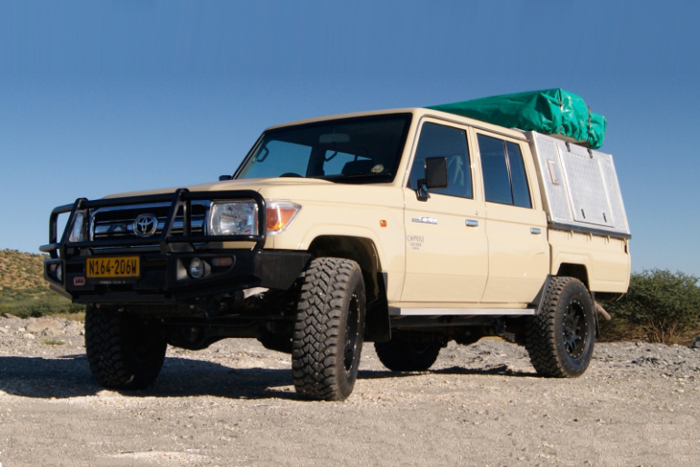 Land_cruiser_camper_rental_kasane_Botswana_sleeps_5