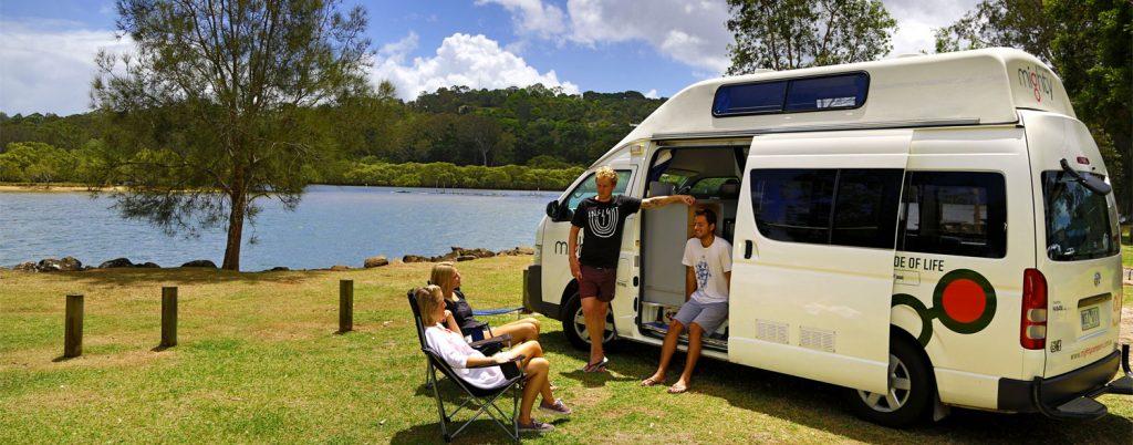 4_berth_hitop_camper_rental_Australia